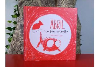 Abril, o Peixe Vermelho