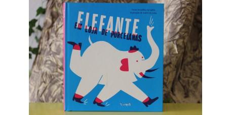 Elefante em Loja de Porcelanas