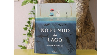 No Fundo do Lago