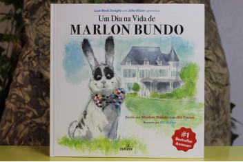 Um Dia na Vida de Marlon Bundo